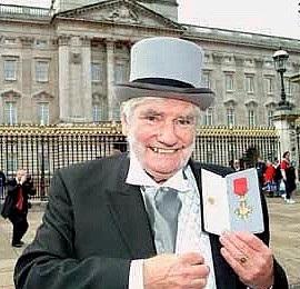 VALE Oliver Croft OBE 1929-2019